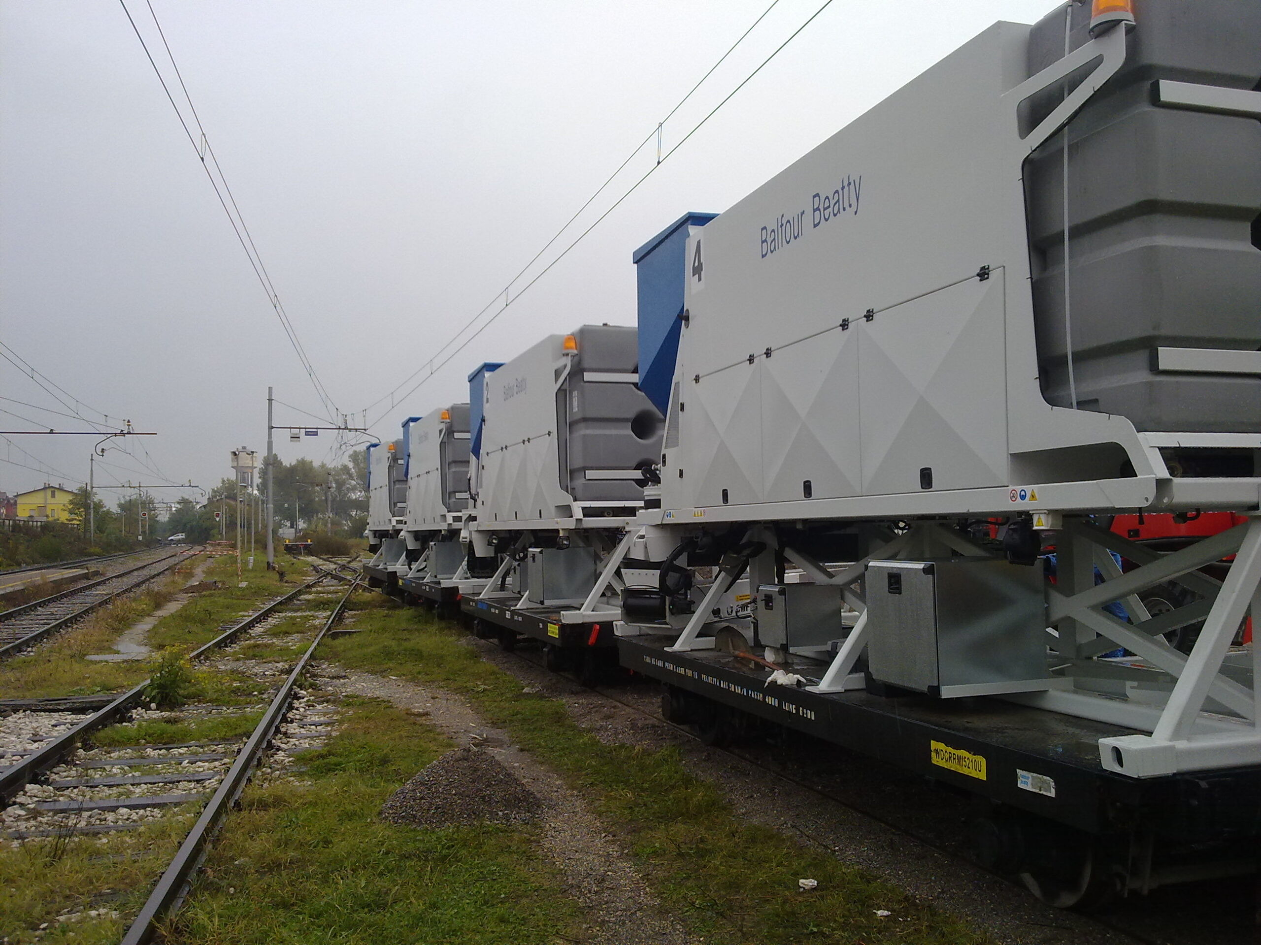 Railway mobile plants for Balfour Beatty