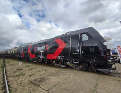Bombardier Delivers First TRAXX Locomotive to Cargounit