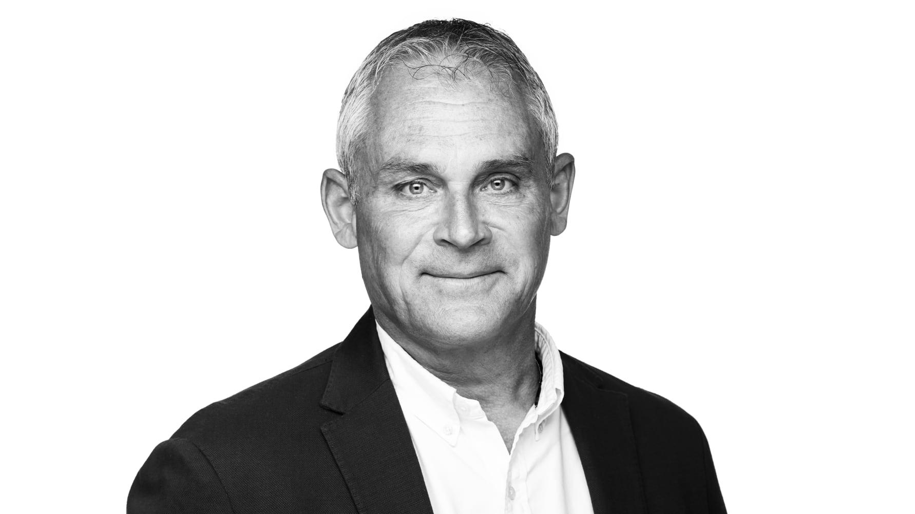 Stefan-Rundberg-Handheld-Director-of-Purchasing