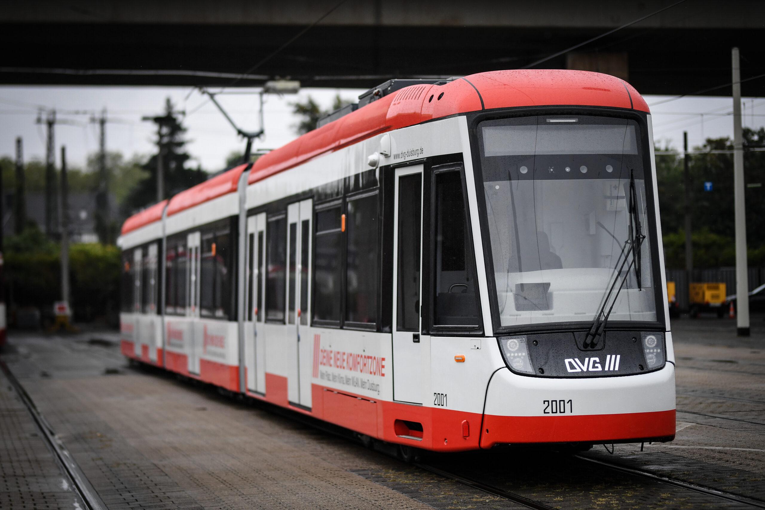 Bombardier FLEXITY tram for Duisburg, exterior