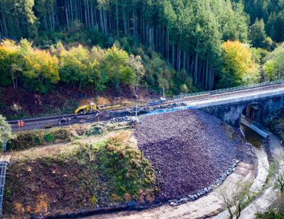Track Repairs Begin at Site of Stonehaven Derailment