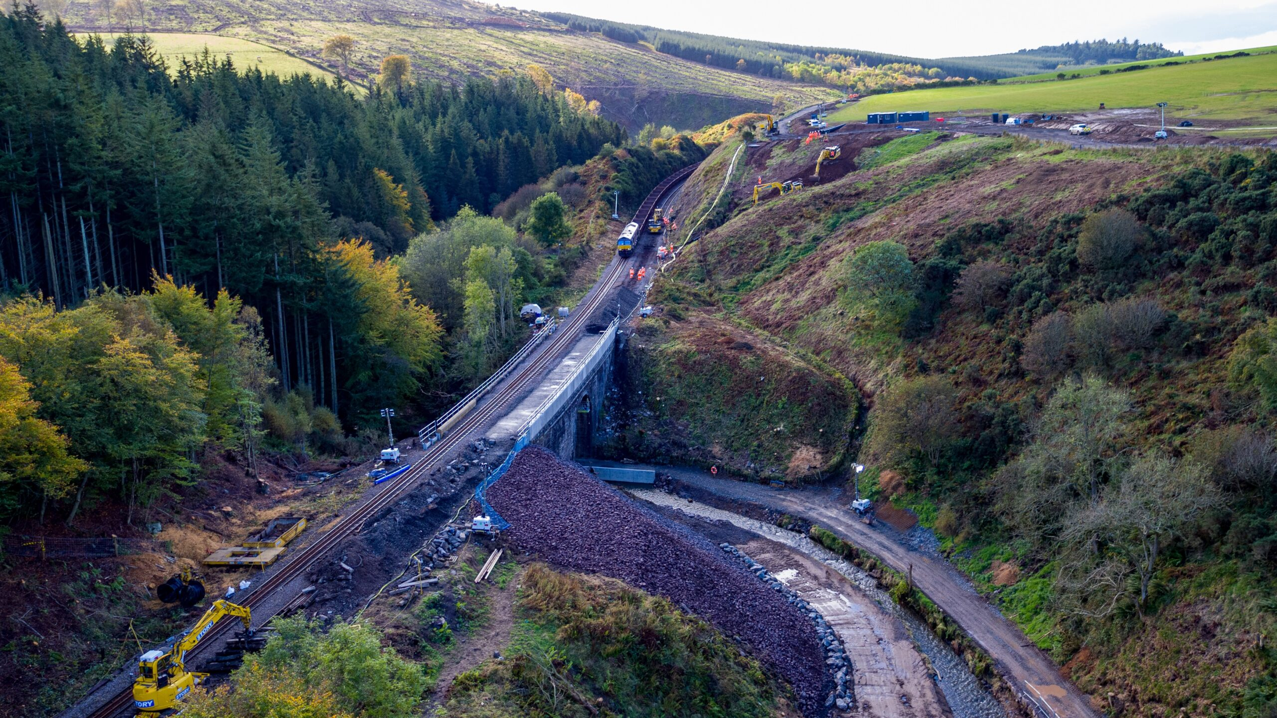 Network Rail begins track repair works at Stonehaven, with the wreckage cleared