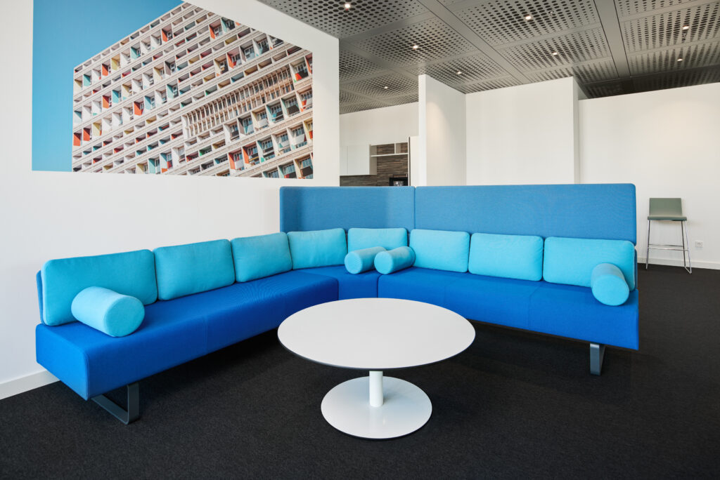 Deutsche Bahn Upcycled Cube Office Suites