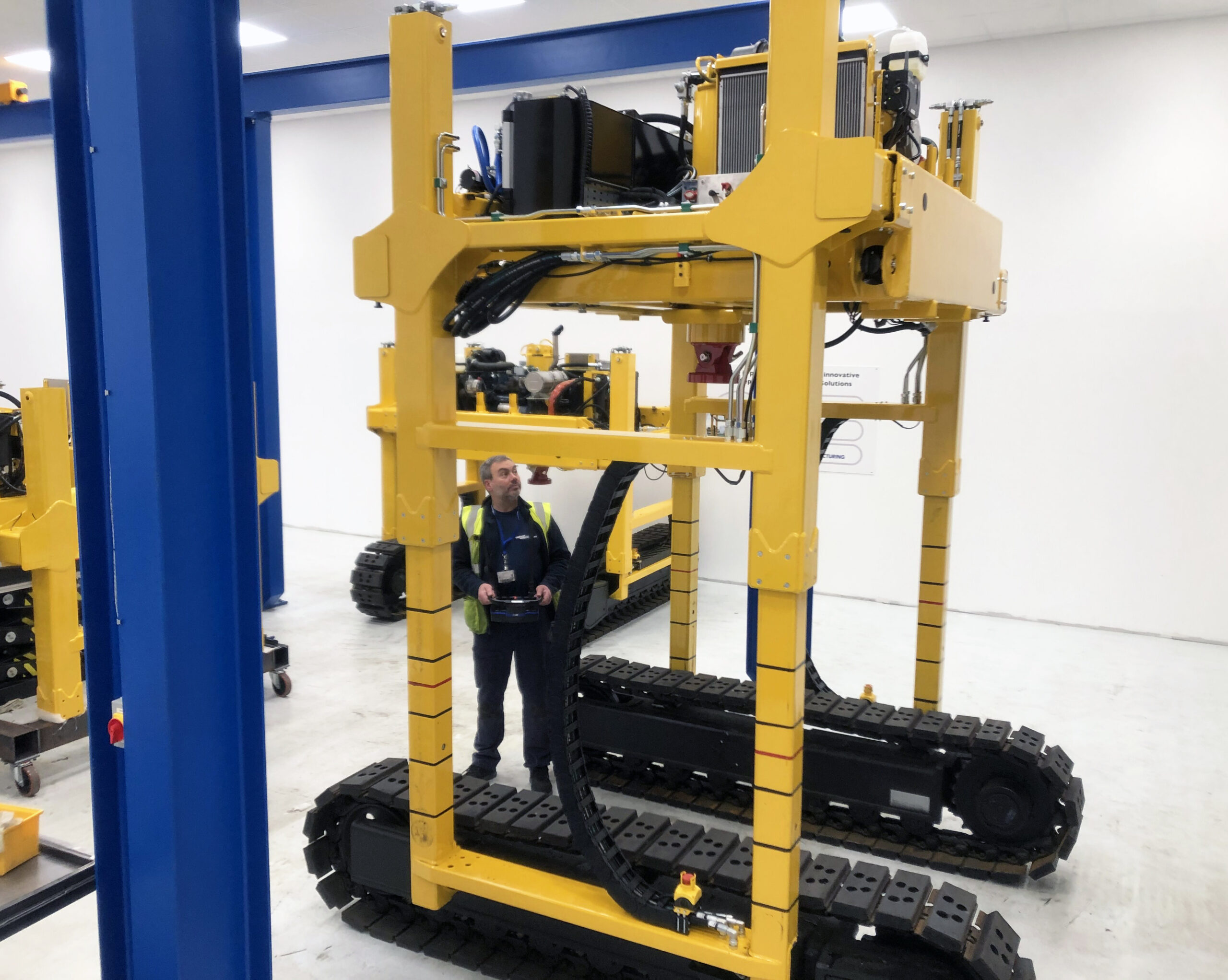 Unipart-McCulloch-Panel Lifter Manufacture