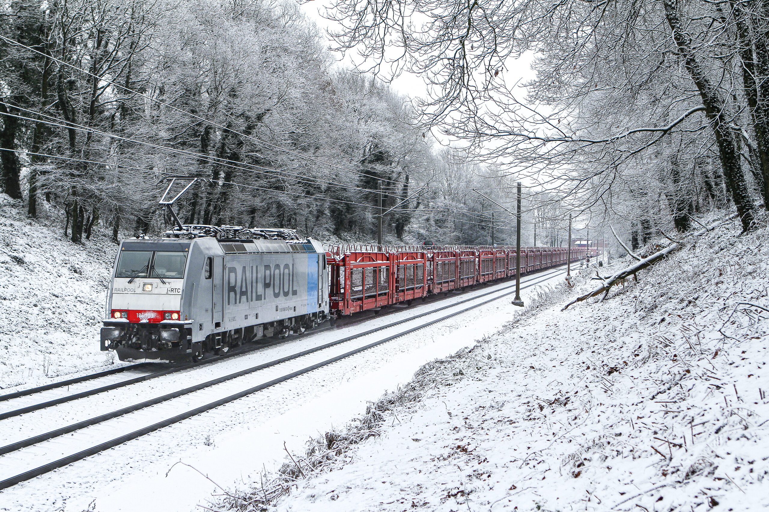 A TRAXX locomotive for Railpool