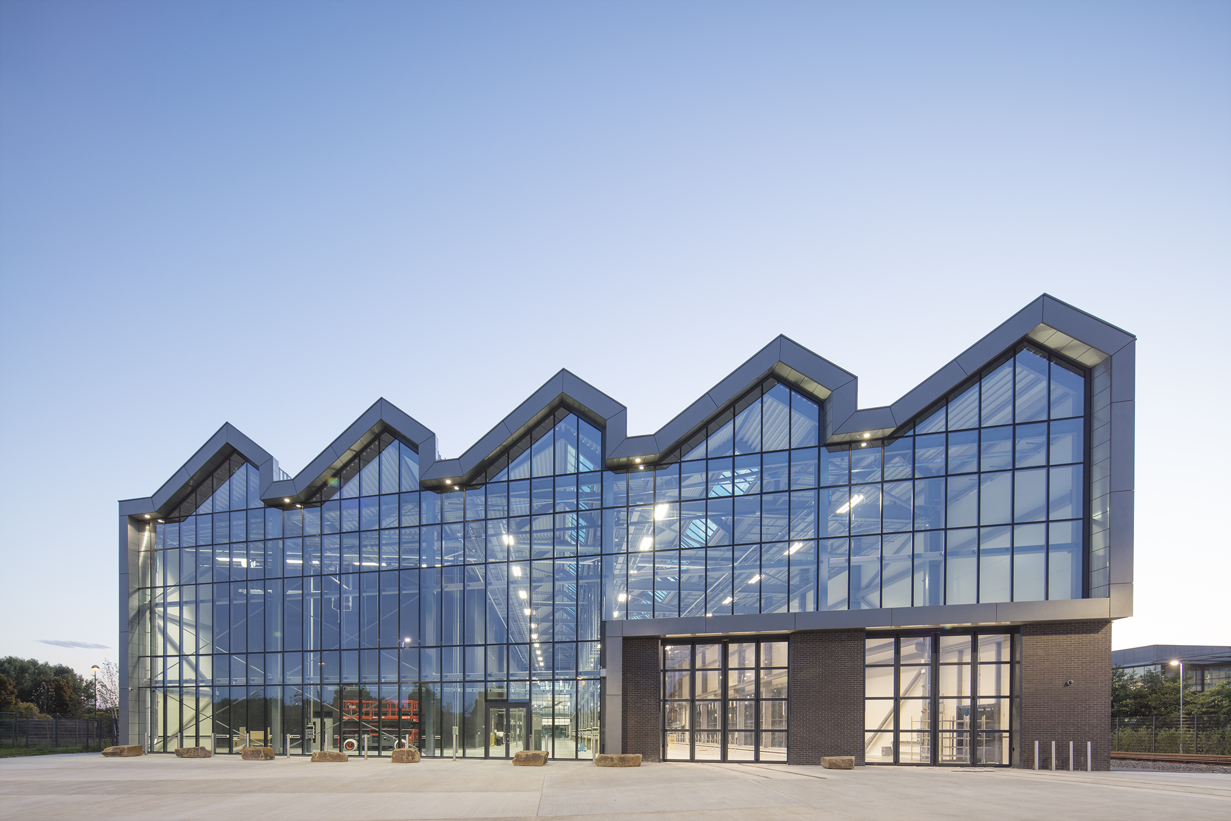 National College for High Speed Rail – Doncaster – 2 sets of Swift-SEW fully glazed bi-folding doors