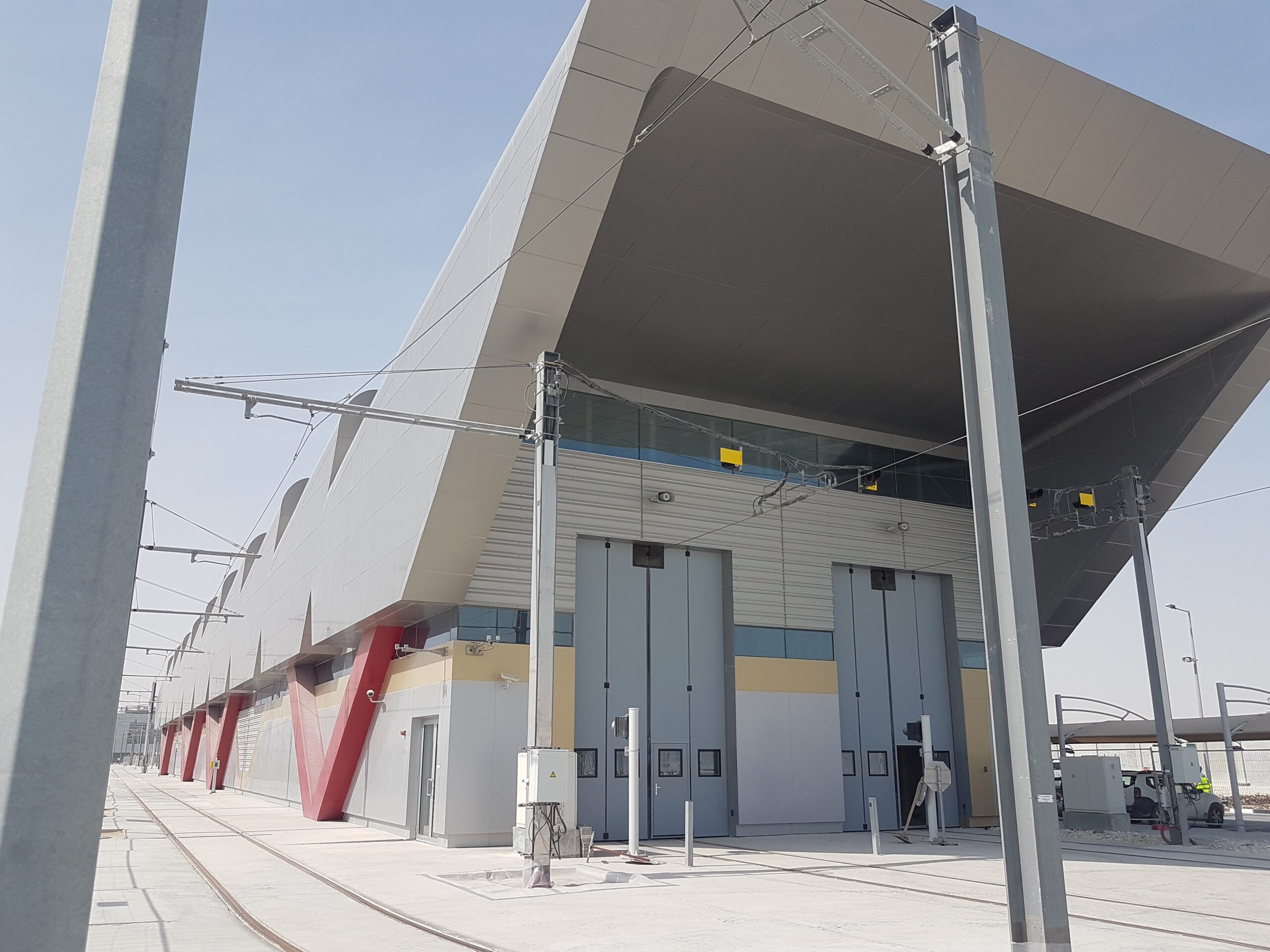 Lusail Light Rail in Qatar – 30 sets of Swift-SEW doors on 3 depot buildings for this project in 2018