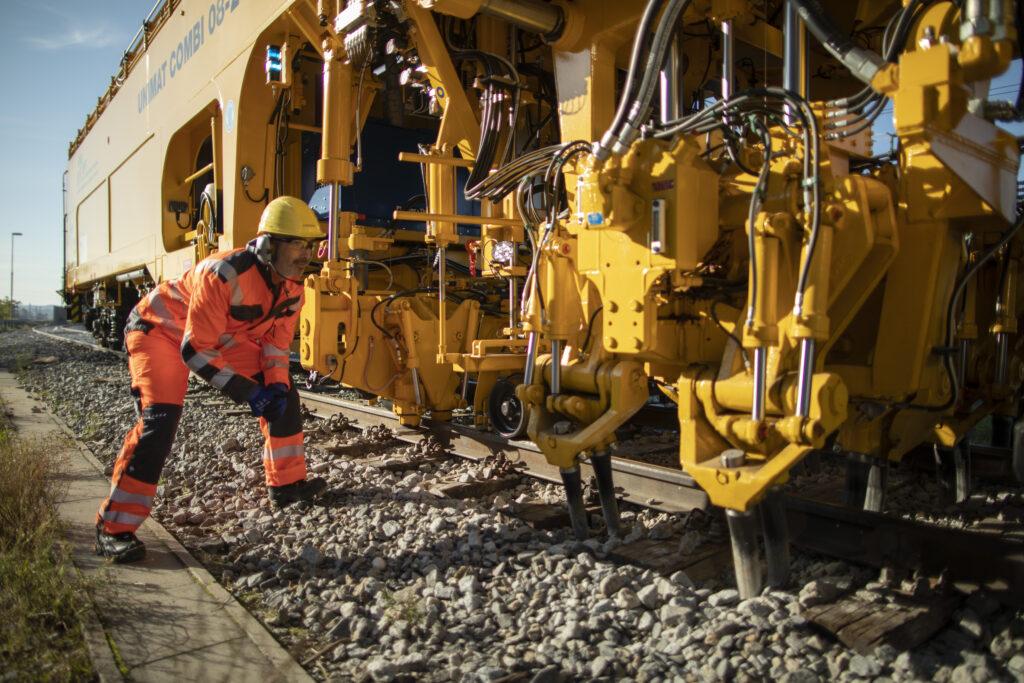 Track Machine Servicing