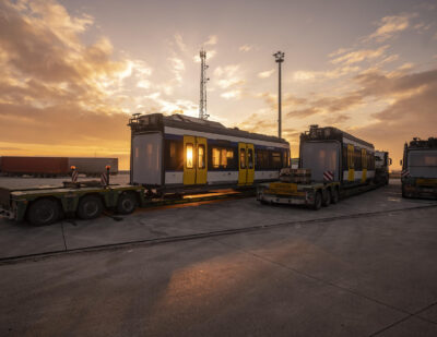 Stadler Delivers First Citylink Tram-Train to Hungary