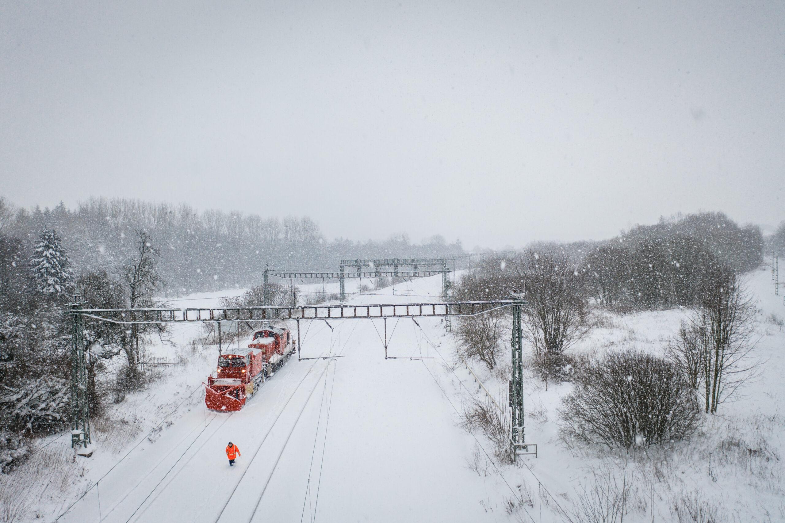 Snow plough BR 751 near Altenbeken