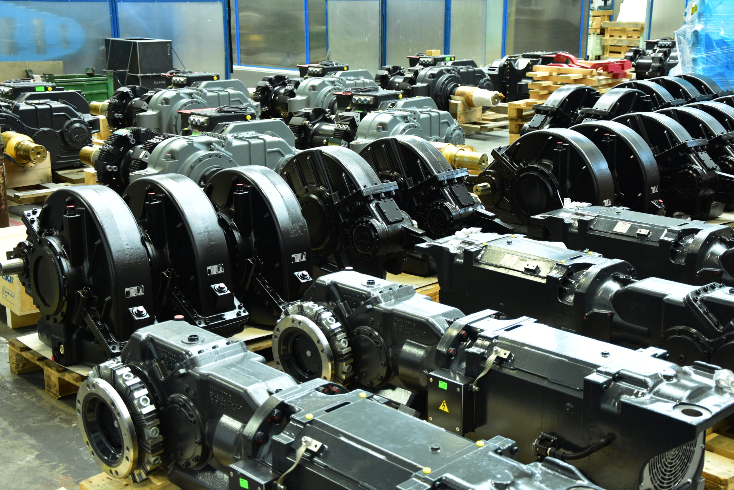 Gearboxes and Drives for Rail Vehicles