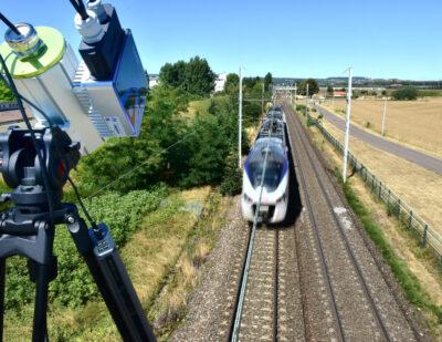 ECD Pantograph Demo-Train passing