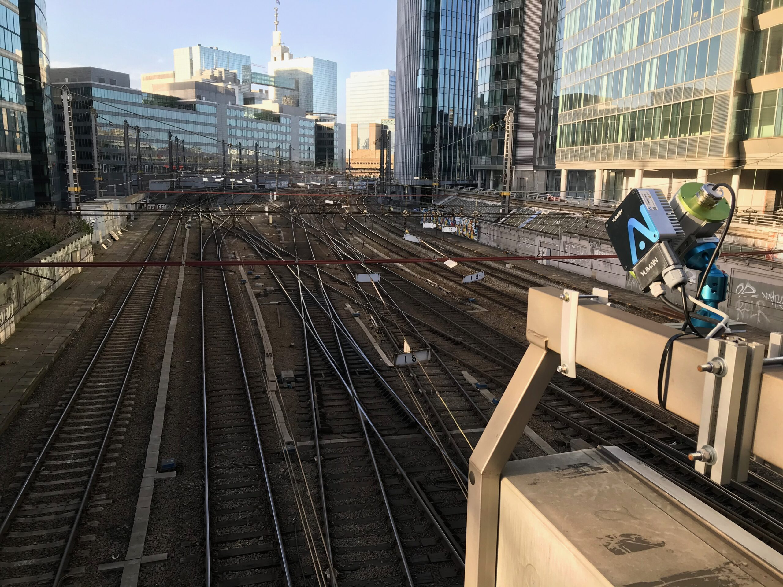 New installation of our E.C.S detection and analysis of defaults on pantographs at Infrabel (Bruxelles) in Belgium.