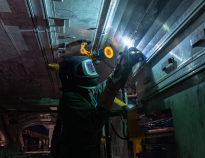 Hitachi Rail Starts Welding Next-Generation UK Intercity Trains