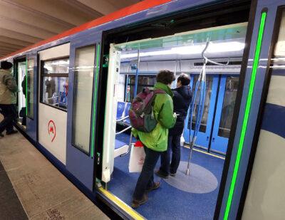 TSL-ESCHA Light Strips for Moscow Metro