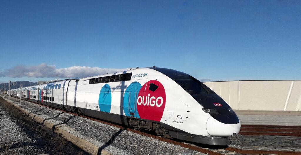 An Avelia Euroduplex train operated by OUIGO España.