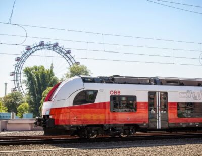 KfW IPEX-Bank Finances Electric Multiple Units for ÖBB