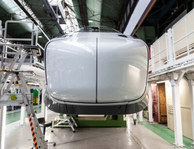 SNCF Voyageurs and Alstom Unveil TGV M Power Car