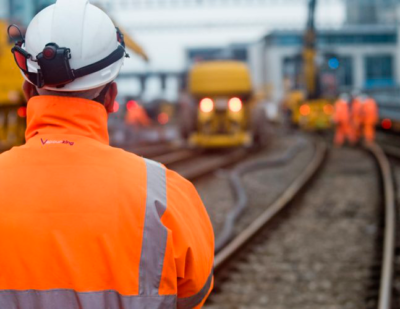 Network_Rail_Man_Facing_Away