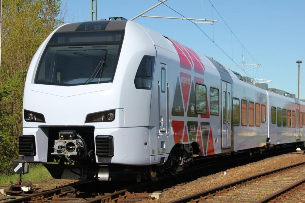 Deutsche Bahn and Stadler are developing the first digital twin of a complete train.