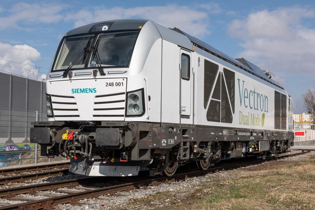 Siemens Mobility Vectron Dual Mode Locomotive