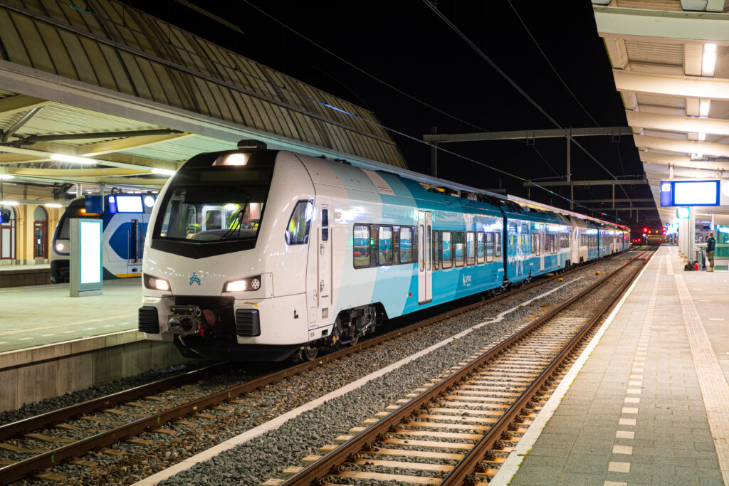 Arriva WINK train test drives from Amersfoort to Zwolle.