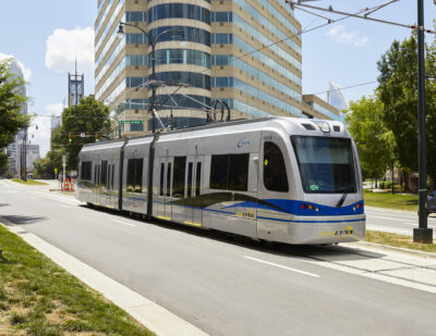 Siemens Mobility Battery Hybrid Streetcars Enter Service in Charlotte
