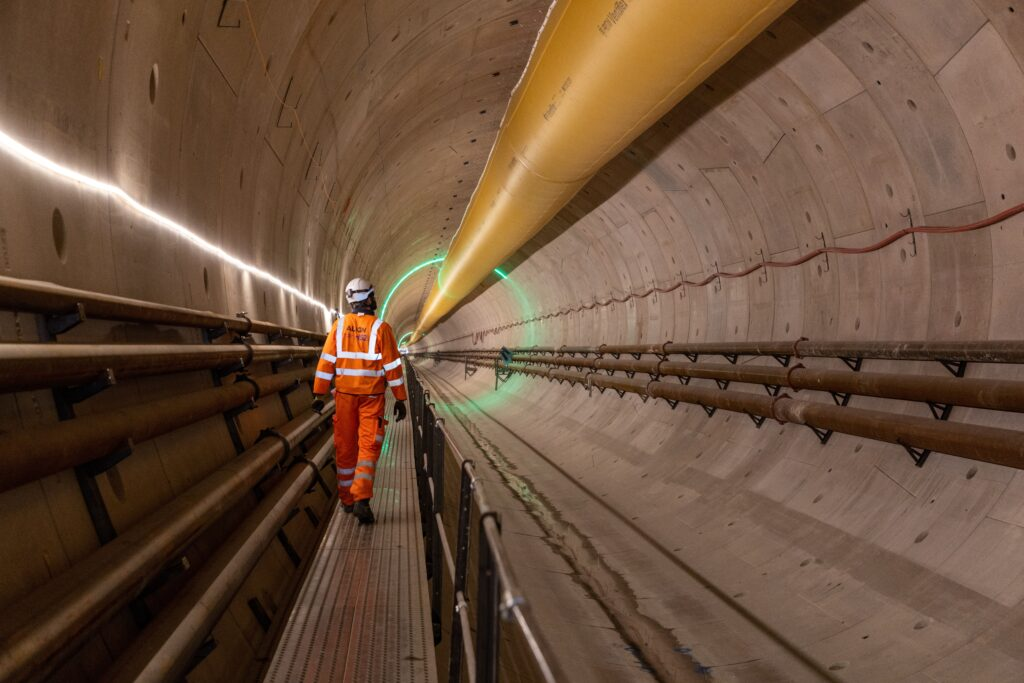 Tunnel Engineer inspects HS2's Chiltern Tunnel