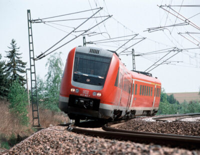 Digital Plus on the Tracks: ZF and DB Systemtechnik Agree on Cooperation
